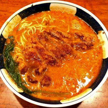 昭和39年創業の変わらぬクオリティ。銀座で何度も食べたくなる担々麺『支那麺 橋悟』