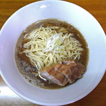 具など邪道!スープ、麺、煮豚、葱のみの肉そば『中華そば屋 伊藤』