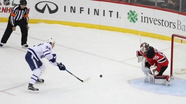 Auston Matthews slog till – bröt sin måltorka   NHL ...