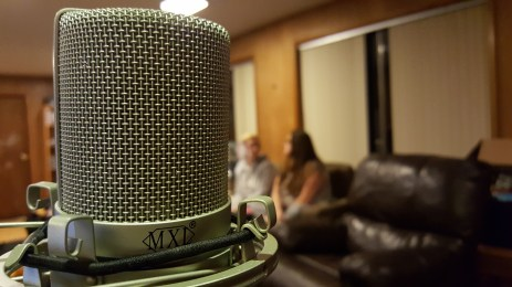Ohh, artsy microphone.
