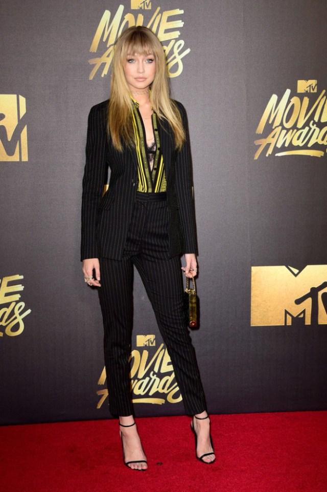 Gigi-Hadid-2016-MTV-Movie-Awards-Arrivals