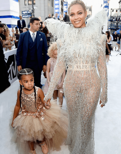 2016-mtv-music-awards-yaasomuah-beyonce-blue-ivy