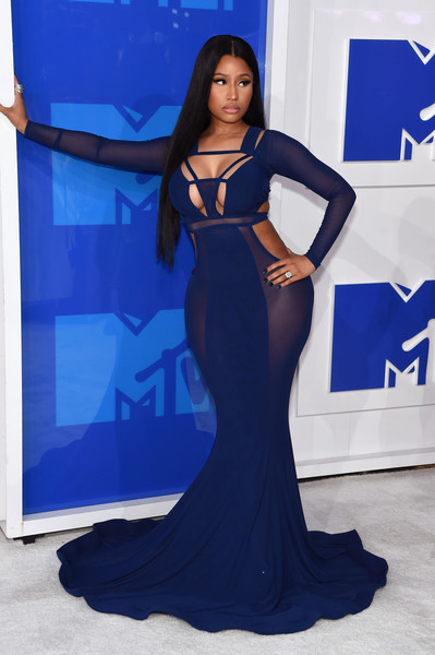 2016-mtv-music-awards-yaasomuah-nicki-minaj
