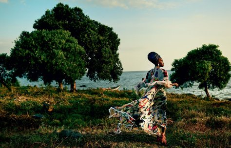lupita-nyongo-vogue-october-cover-2016-yaasomuah-1