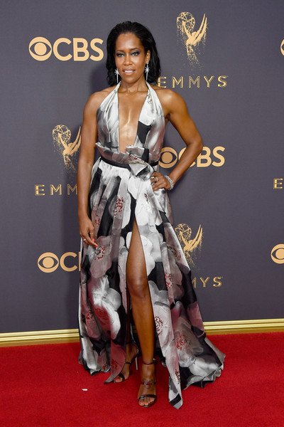 69th-Annual-Primetime-Emmy-Awards-Regina-King-emmys-2017