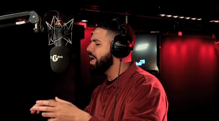 drake-fire-in-the-booth