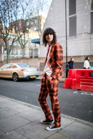 819-street-style-london-fashion-week-aw17-photos