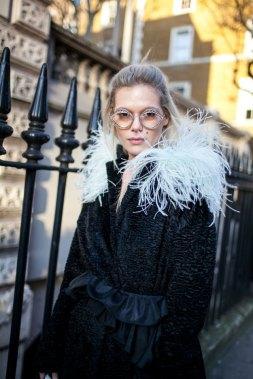street-style-london-fashion-week-aw17-photos-24