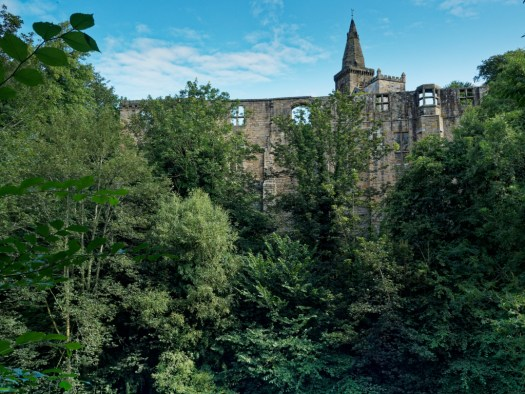 Dunfermline Palace and the towers of the Abbey