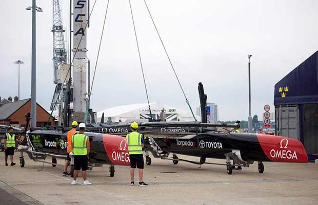 Emirates Team NZ launch their only AC45S - Emirates Team New Zealand © Hamish Hooper/Emirates Team NZ http://www.etnzblog.com