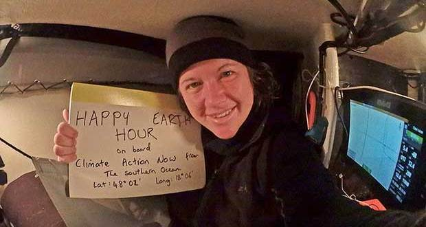 Lisa Blair celebrates Earth Hour from the Southern Ocean Lisa Blair
