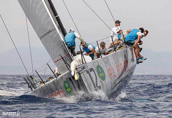 Platoon lies 2 points clear of Quantum Racing at the top of the standings - 2017 Rolex TP52 World Championship Martinez Studio/52 Super Series