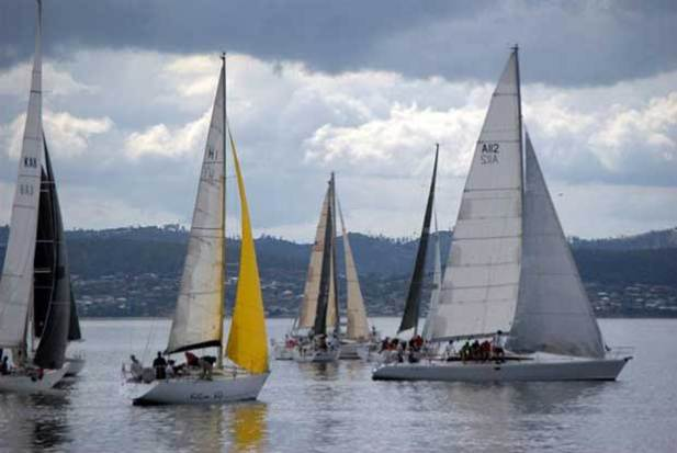 Start of Group 3 in Saturday's Combined Club Long Race for the Hobart fleet © Peter Campbell