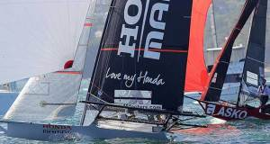 Honda Marine beats Asko Appliance by 1sec at the finish line in 18ft Skiff JJ Giltinan Championship Race 1 - photo © Frank Quealey