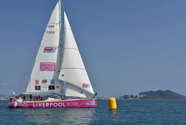 Liverpool lead at first mark © Clipper Ventures PLC