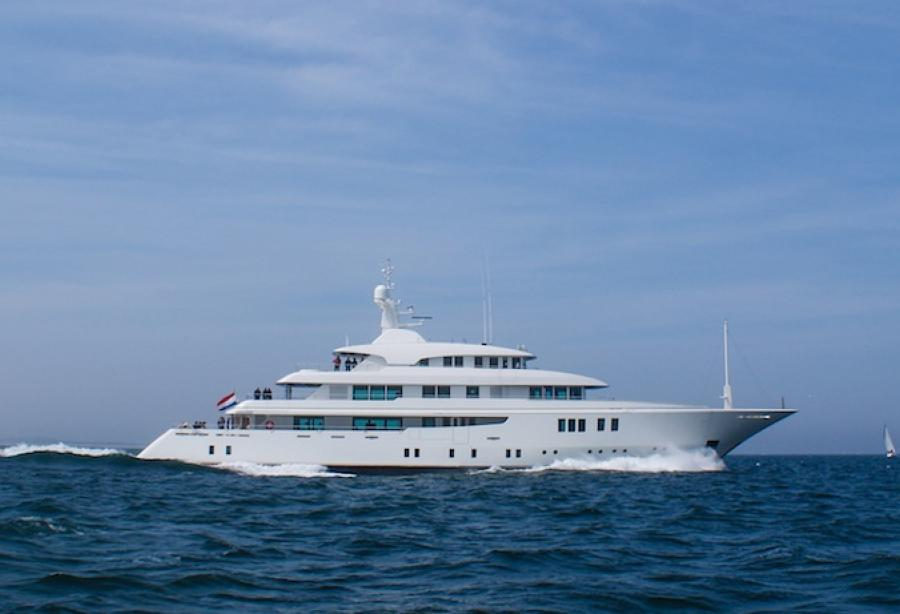 Motor Yacht Party Girl Icon Yachts Yacht Harbour