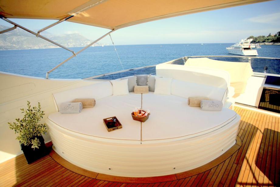 Motor Yacht Soho Falcon Yacht Harbour