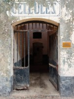 Solitary confinement block