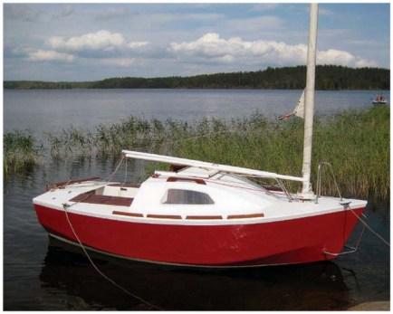 «Винни – пух» под парусом. « Домашняя яхт-верфь.