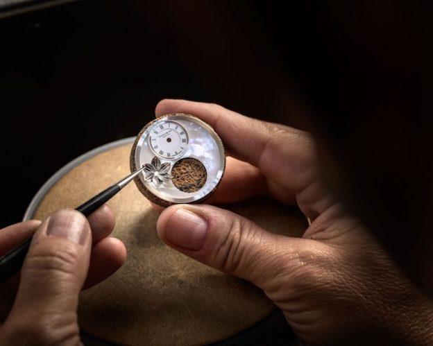 Arnold-Son-Ultrathin-Tourbillon-Koi-Bespoke-Crafts-meets-watchmaking-10-624x499