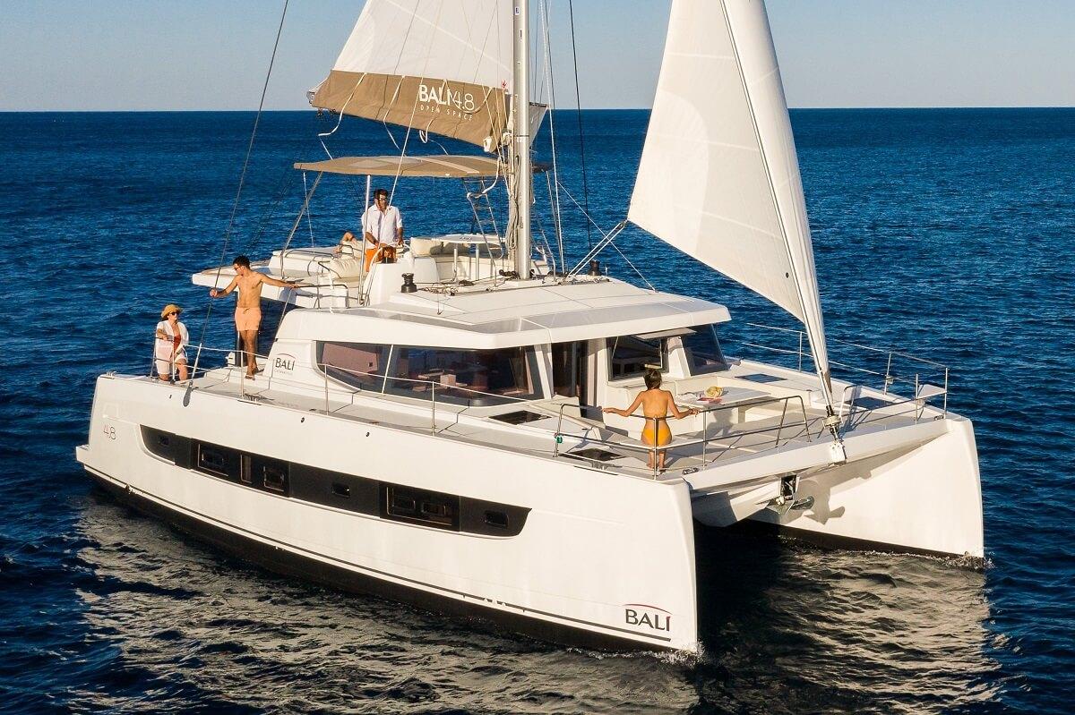 Bali, 4.8, Open Space, sailing, catamaran, yacht, boat, France