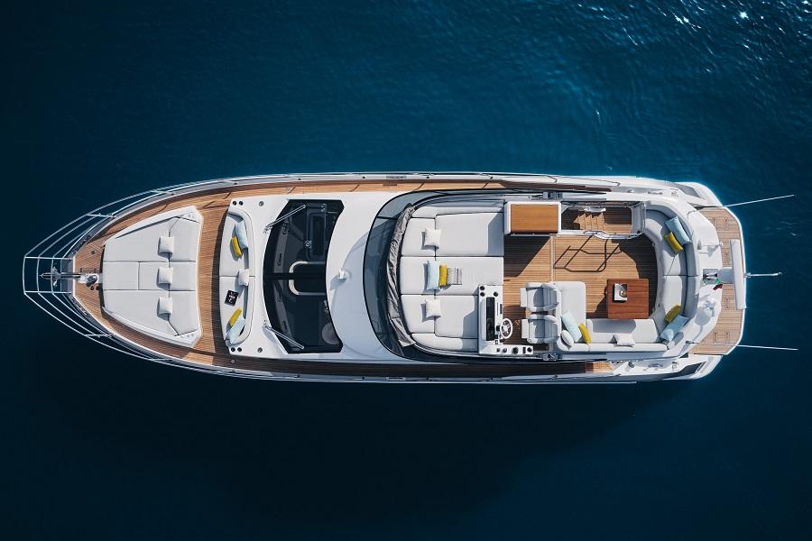 Azimut, 53, Fly, Flybridge, Cannes Yachting Festival, Alberto Mancini, Hong Kong, Marine Italia, Paul Grange