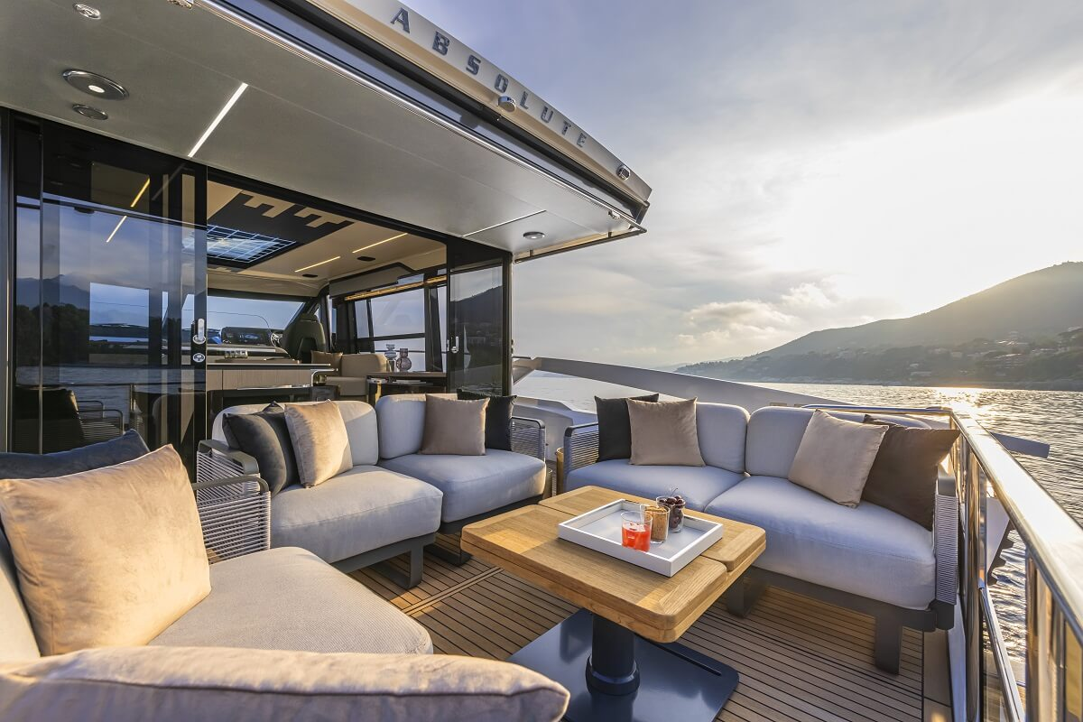 Absolute, yachts, 48 Coupé, 60 Fly, Fort Lauderdale, boat, show, Florida, Navetta, US, American, debuts