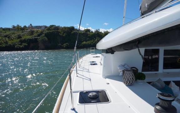 Charter Guru BVI | ⛵ 400+ BVI yacht charters ☀️