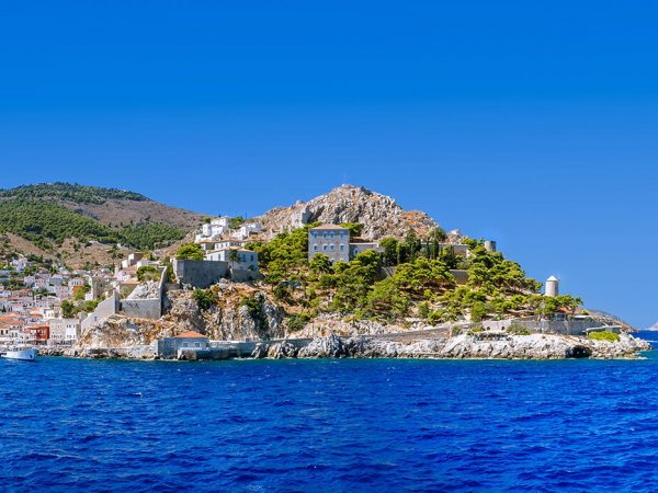 choose hydra argosaronic island for your summer vacations in greece and rent a villa from our luxurious collection