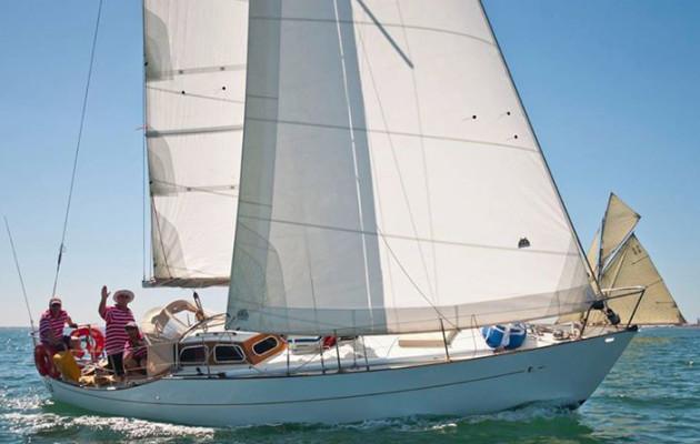 Pace Versus Grace At The Festival Of Sails 2016 Au