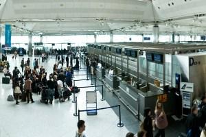 من داخل مطار اسطنبول