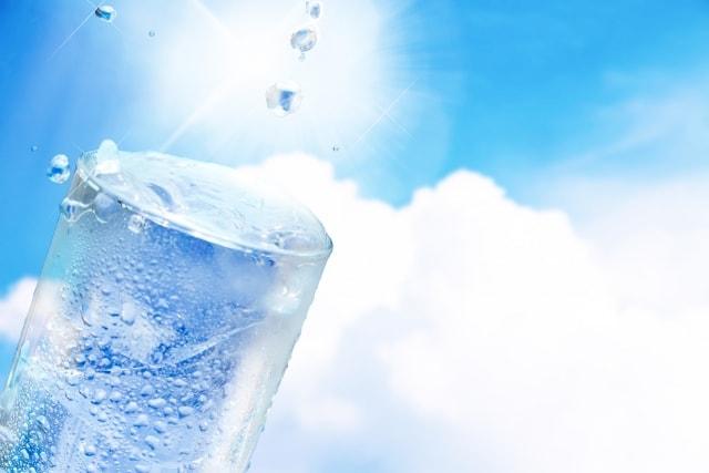 水の健康効果で体内と外見を若々しく保つ