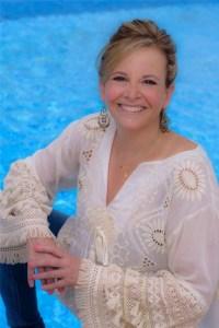 Gae Polisner Author Photo