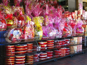 Lunar New Year gift baskets for sale