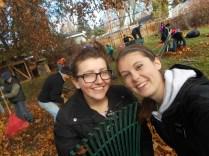 2016-10-11-yakima-missionaries-serve-16