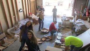 2016-10-11-yakima-missionaries-serve-60