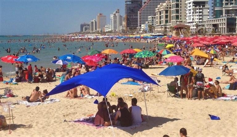 tlv main beach_Easy-Resize.com