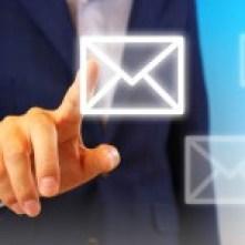 新年の挨拶はビジネスの場合、いつまででしょうか。メールなど、マナーに注意して下さい。
