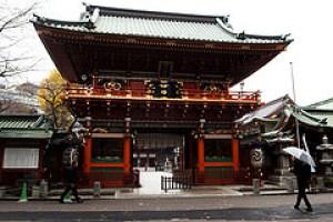 初詣デートで関東なら、神田明神が近くて人気スポットです。