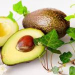 アボカドの栄養と驚きの効果効能。食べ過ぎは太る?妊娠中の影響は?