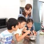 子供専用の料理の道具が自立と好奇心を育てる!親子で料理!