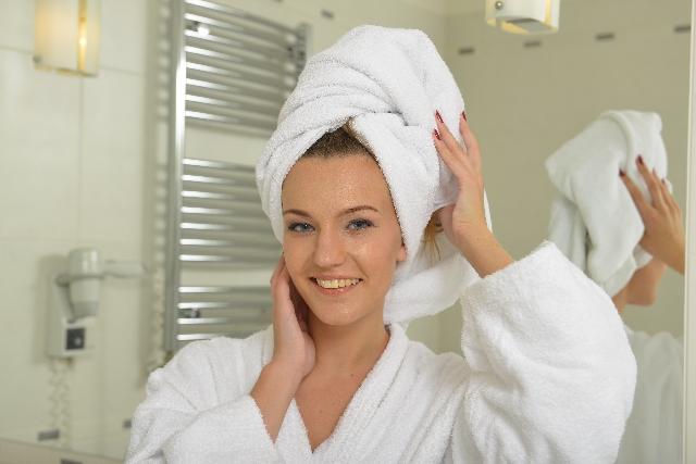 朝のお風呂習慣が髪に悪影響を与える??朝洗髪のあれこれ!