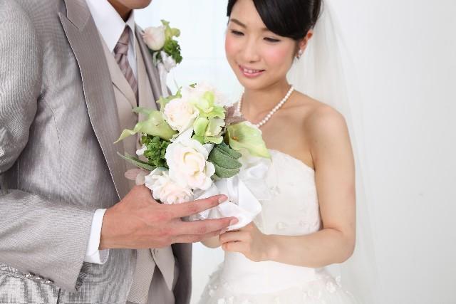 元カノの結婚は祝福できる?男の本音と彼女がやってはNGなこと