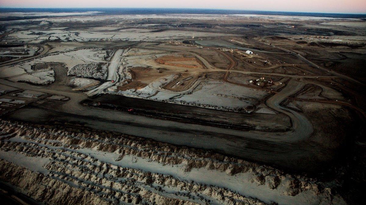 Oil sands photo