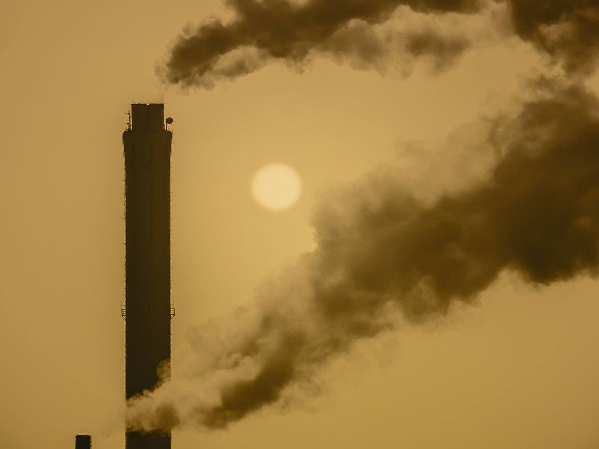 Smokestack air pollution