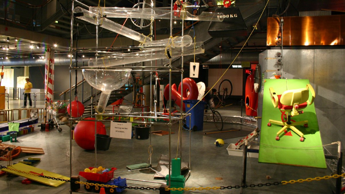 A large mousetrap game
