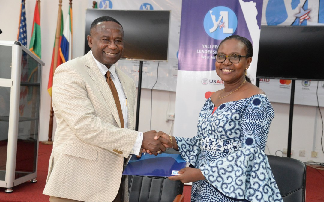 Accra YALI RLC Signs MoU With American Chamber of Commerce