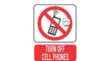 هل استخدام الهاتف وقت الشحن يضر البطارية فقط
