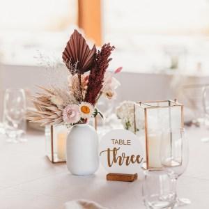 Table Decorations & Linen