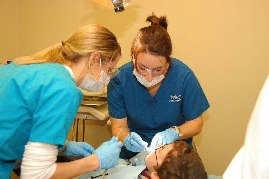 How long does it take to be a dental hygienist dental